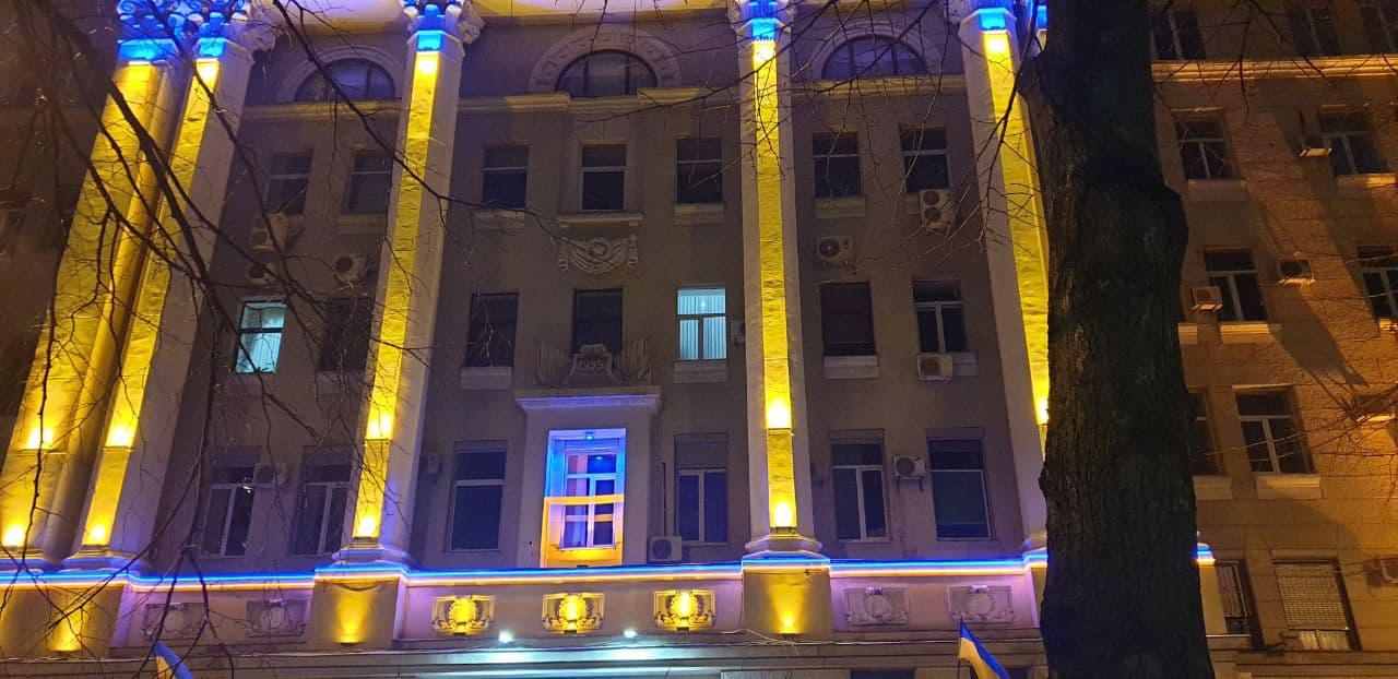 декоративное освещение здания